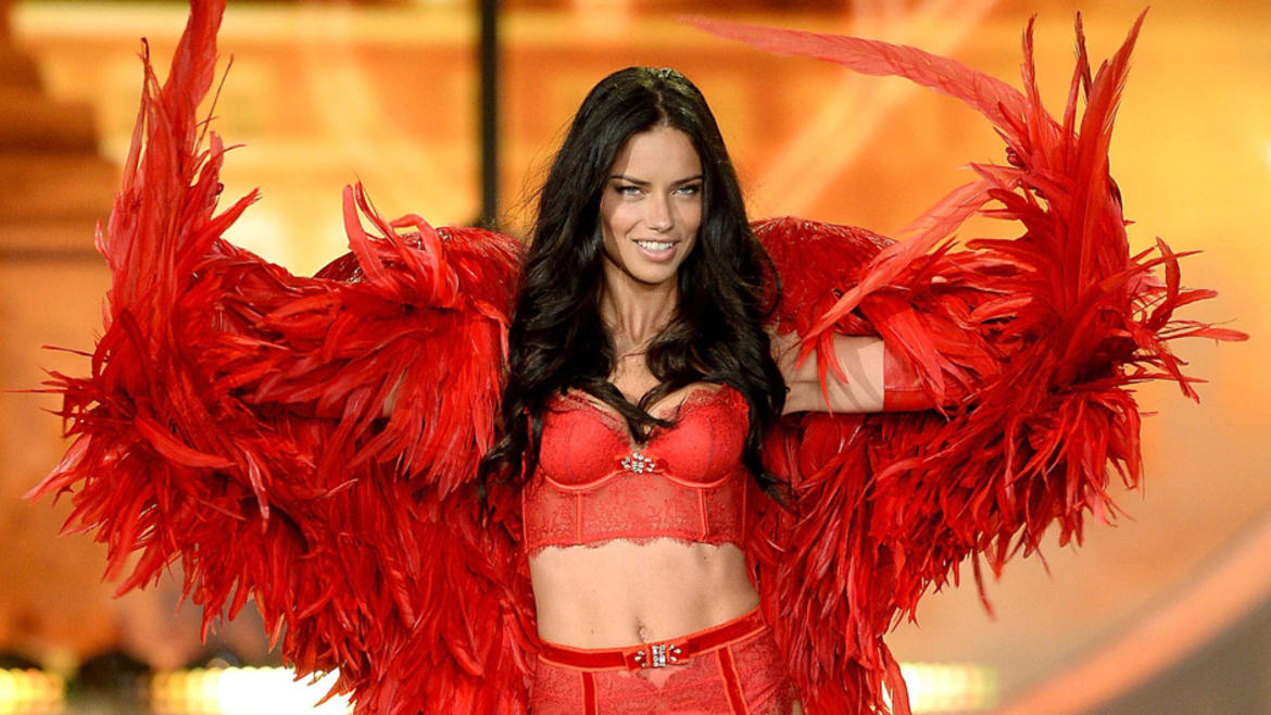 victorias_secret_fashion_show_2013_940x529